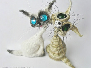 How to make the eyes for your toy using glass cabochons and pebbles