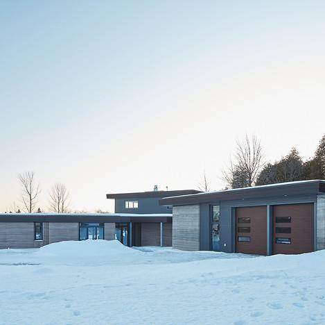 Kemptville Residence