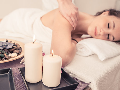 Massage à la cire de bougie
