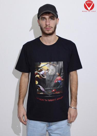 t-shirt street annunciation