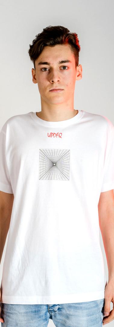 t-shirt-street-zeus-modello-fronte-updfq