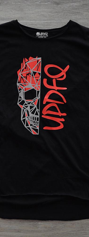 t-shirt-oversize-black-skull-updfq-front