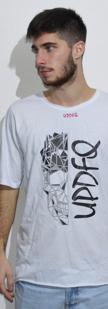 t-shirt oversize white skull