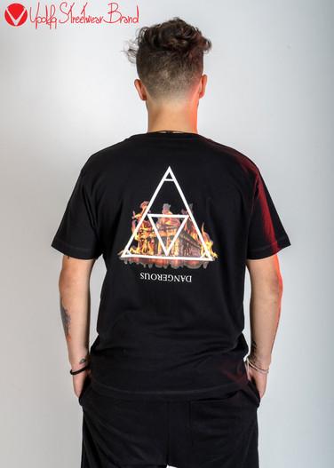 T-shirt Street Dangerous