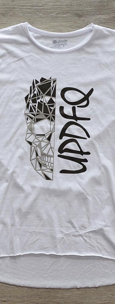 t-shirt-oversize-white-skull-updfq-front