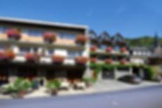 Hotel_Rebenhof_Frontansicht.jpg
