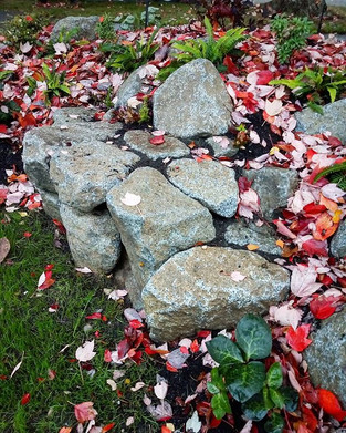 Small stacked stone bench
