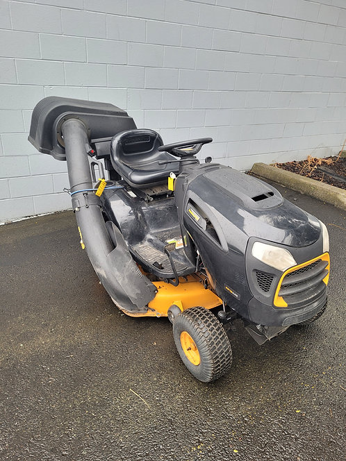 """Poulan Pro 42"""" Mower with Bagger"""