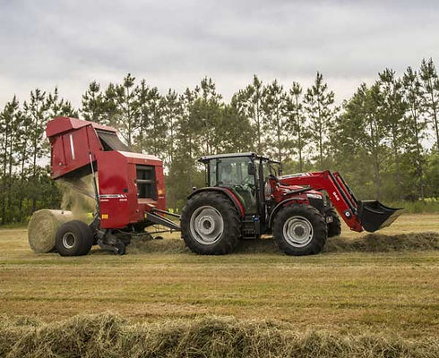 Square-Hesston-by-Massey-Ferguson-2900-S