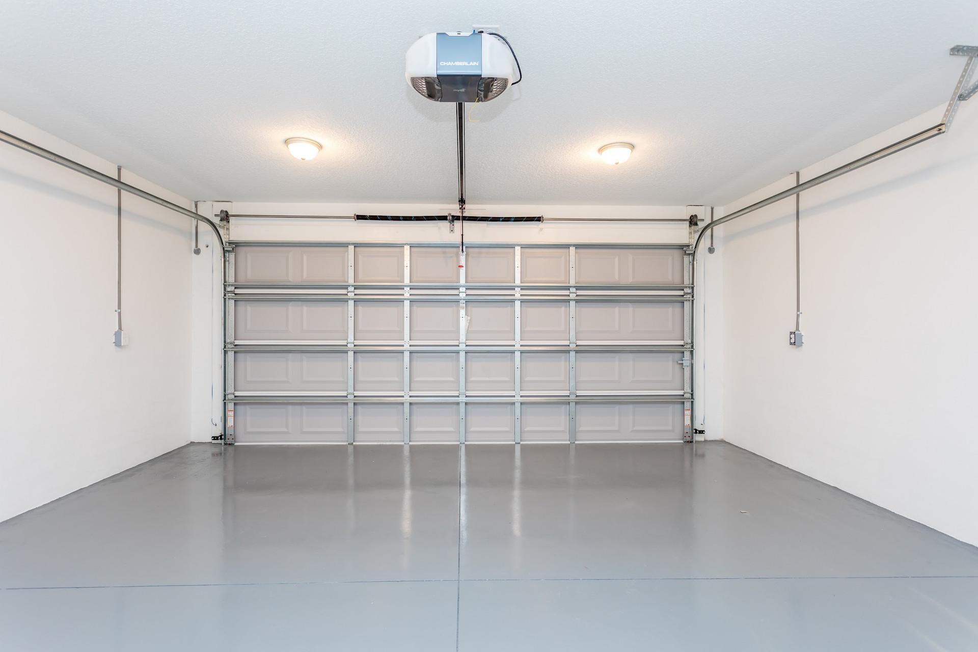 LEDGESTONE 2 car garage