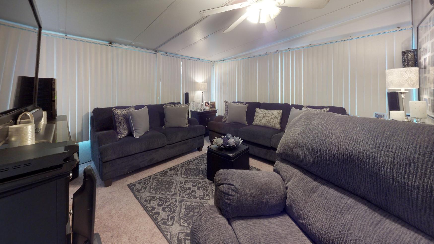 Gant-St-Living-Room-2.jpg