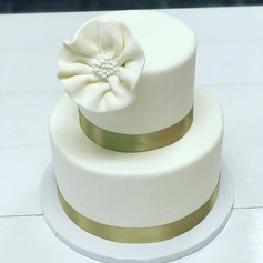 2 Tier Gold and Ivory Wedding Cake