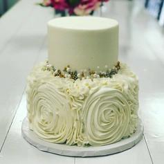 Rosette and Beads Wedding Cake