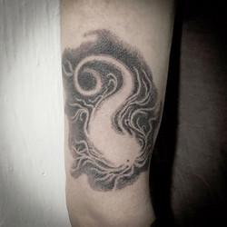 Ginko tattoo