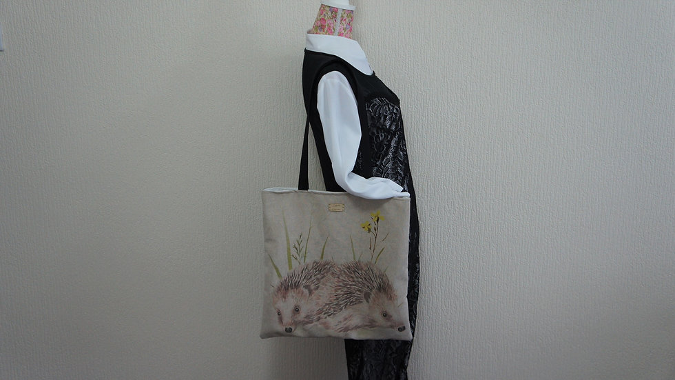 Hedgehog Print Flat Tote Bag. Strong and Fully Lined Bag with 70cm handles