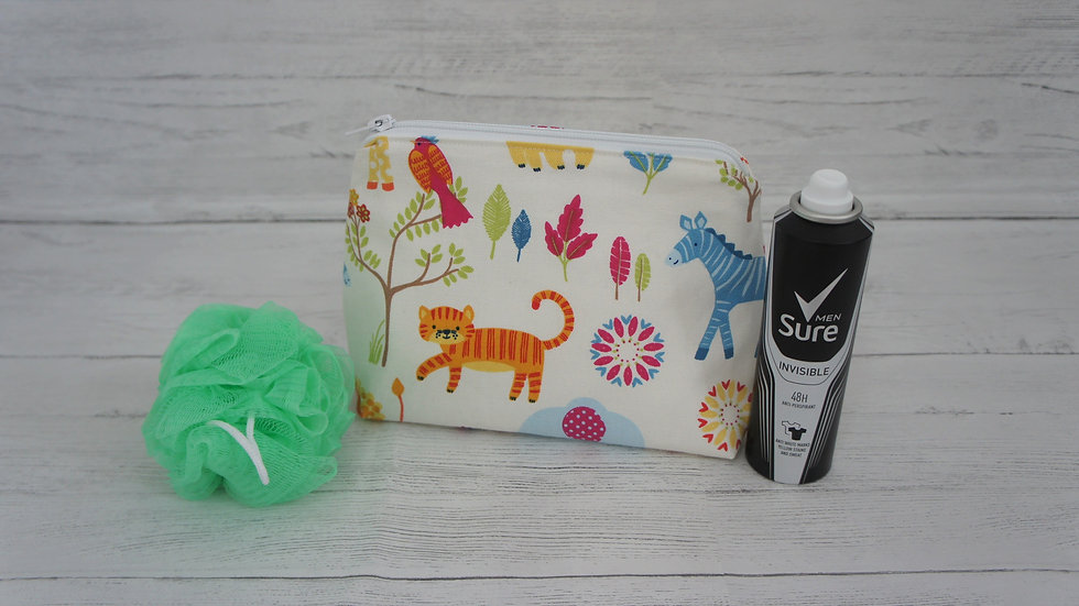 Wash bag with a cotton outer, wipe Clean water resistant white liner