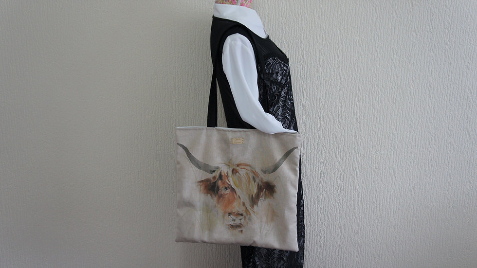 Highland Cow Print Flat Tote Bag. Strong and Fully Lined Bag with 70cm handle