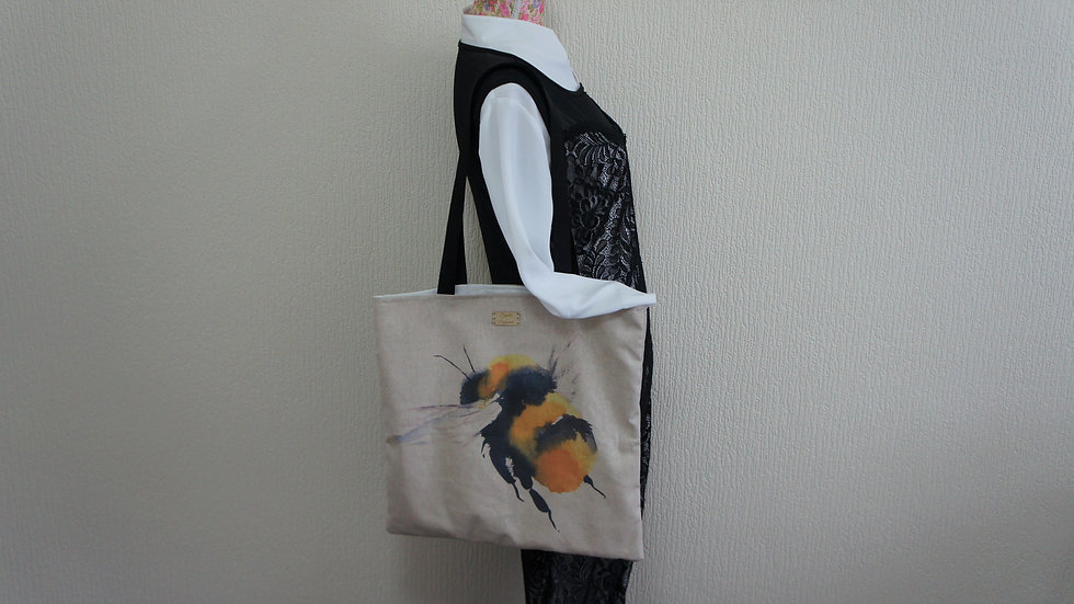 Bee Print Flat Tote Bag. Strong and Fully Lined Bag with 70cm handles