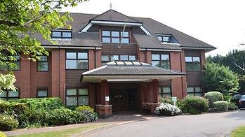 Nuffield Bournemouth Hospital, Mr Ahmad