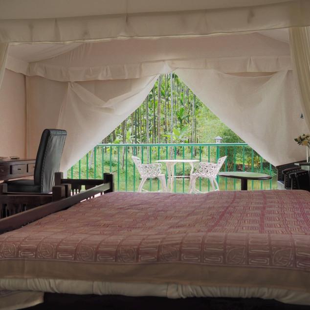 Tent Room - 2