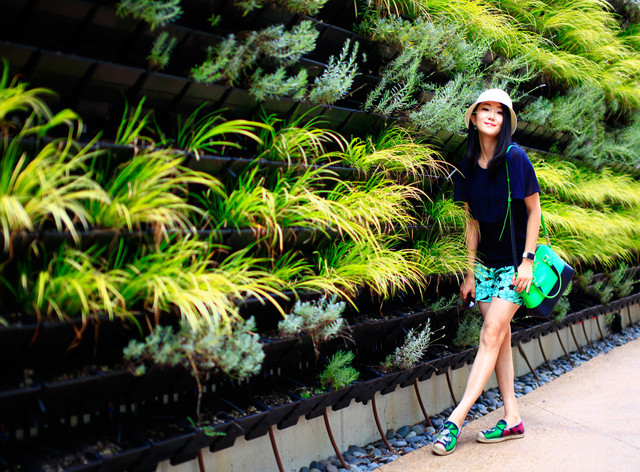 Light Up Your Summer With Green