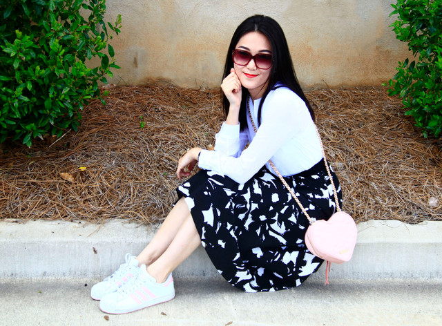 Dress Up With Your Comfy Sneakers!