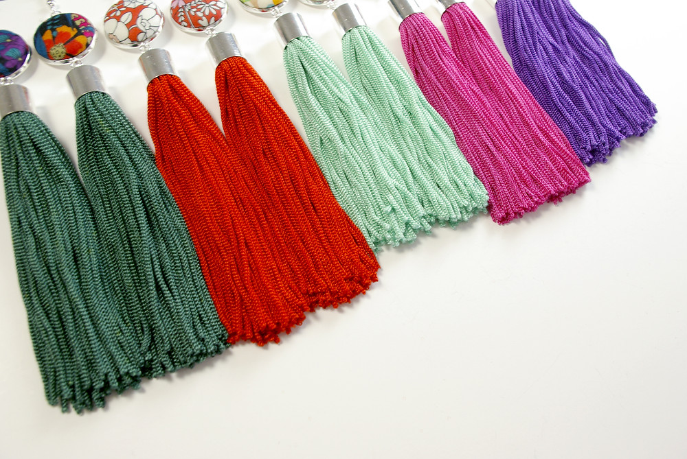 Five Liberty Tana Lawn fabrics and Six hand dyed tassel colours to choose from to make your perfect custom earrings.
