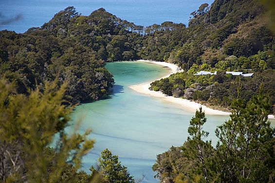 Abel Tasman in New Zealand.jpg