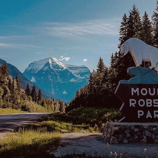 Kinney Lake & Mount Robson National Park - Canada