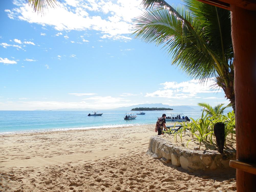 Looking towards Treasure Island from Beachcomber Island, Fiji