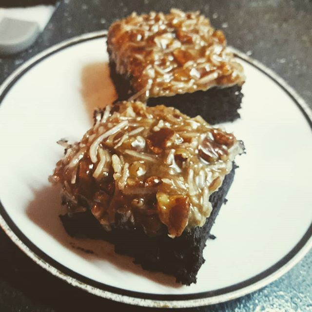 German Chocolate Brownies!!😍😍_#vegan _