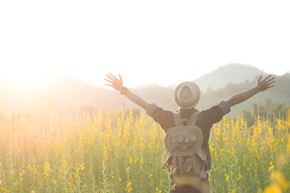 freedom-relaxation-travel-outdoor-enjoyi