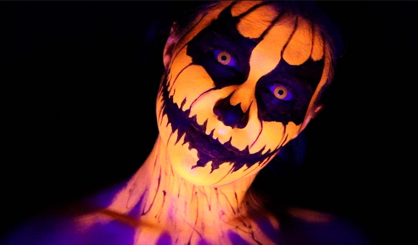 scary easy halloween makeup uv pumpkin