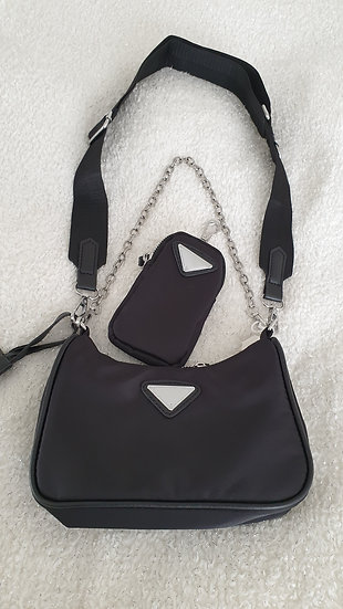 Stylish Shoulder Bag with Detachable Small Purse