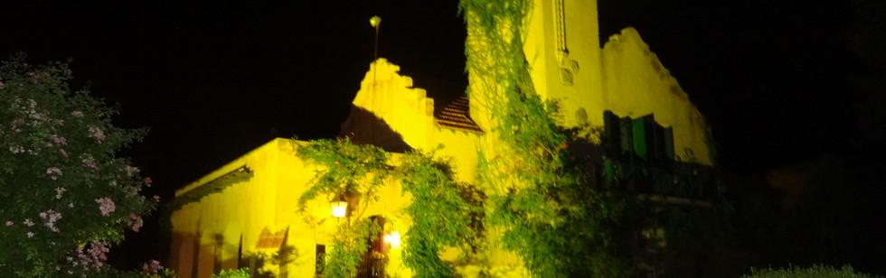 Casa San Luis noche.jpg