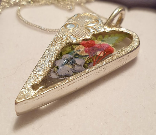 Silver Heart (long) with flowers in resin