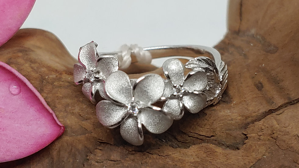 14K Denny Wong Plumeria (3) Ring, with Diamonds, WG
