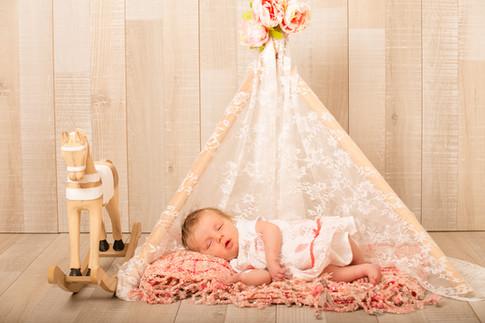Tipi / naissance / photo bébé