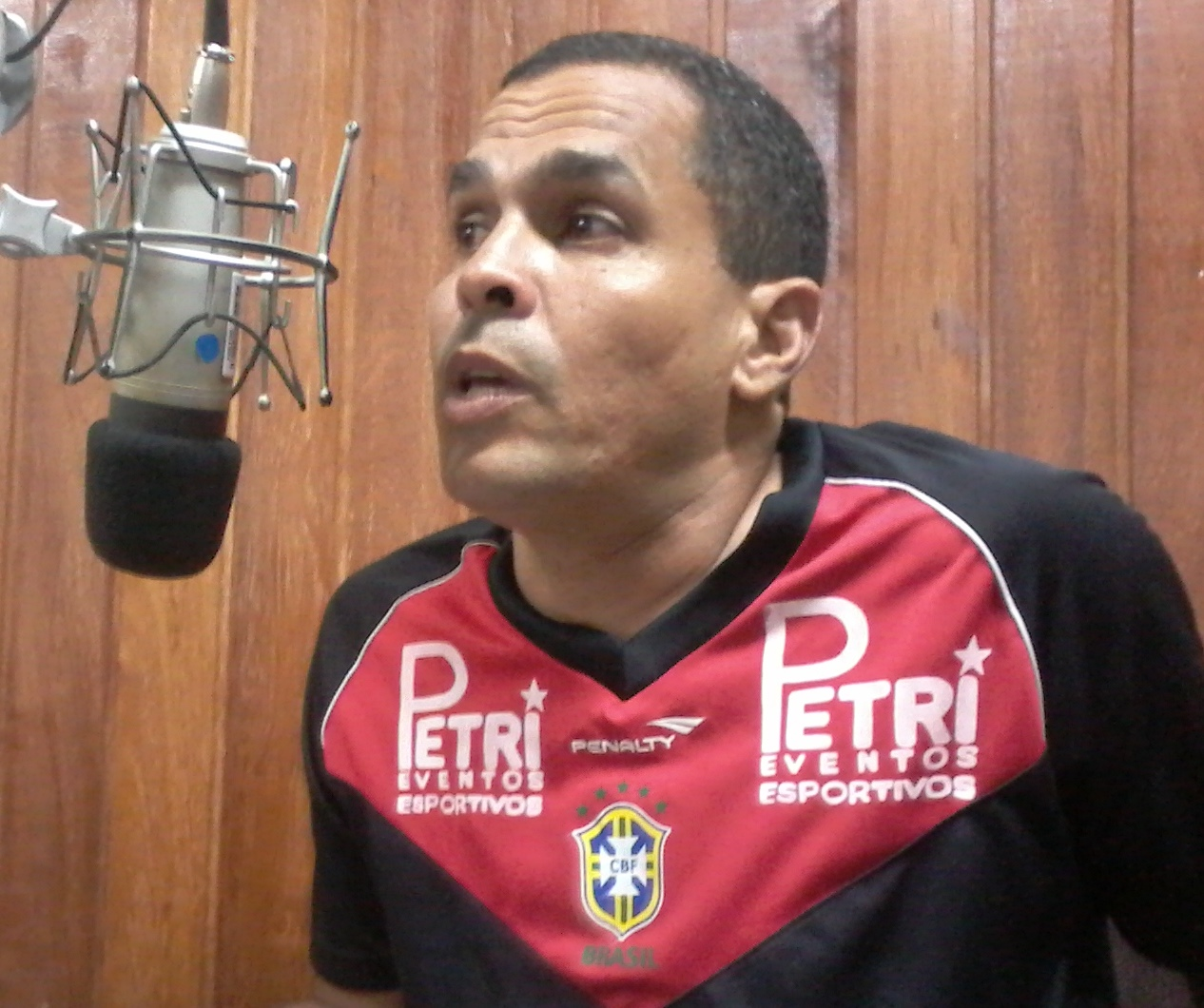 RILDO GOIS  AO VIVO 30/12 ÁS 11:00HS