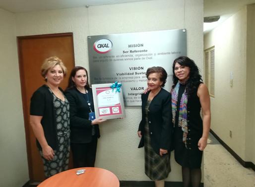 Premio Humanitario a Oxal