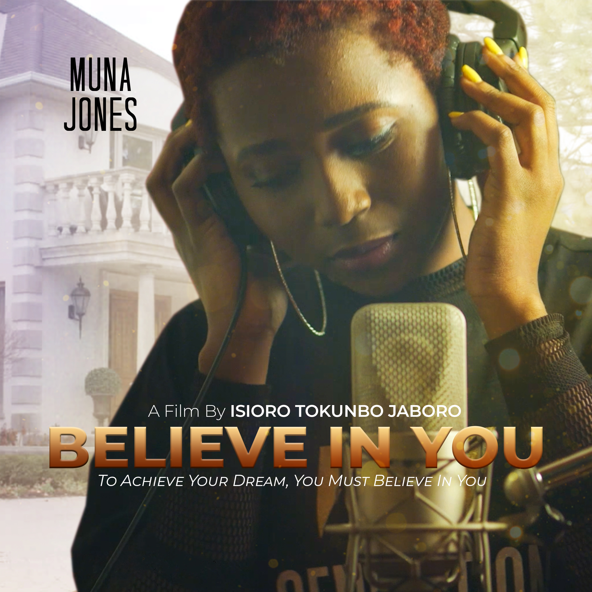 Muna Jones Stand Alone