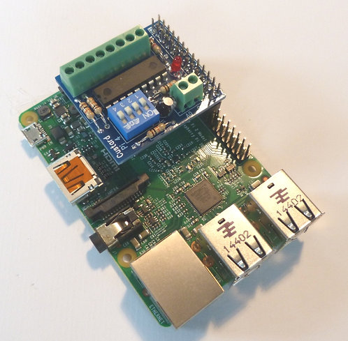 Custard Pi 4 - 8 Digital I/O with I2C interface