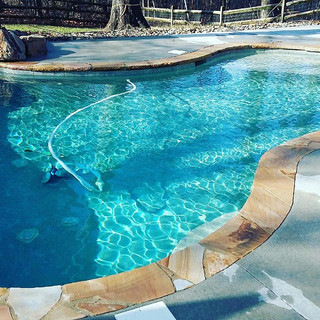 Perfectly balanced  #cleanpools #charlot
