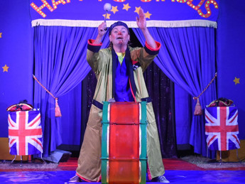 Happy's Circus - buy your tickets by 4th Oct