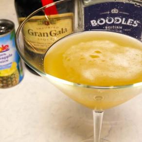 Cocktail: Hawaiian Martini.