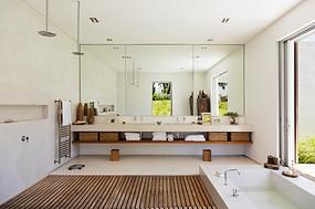 Cape Town,indoor outdoor bathroom.