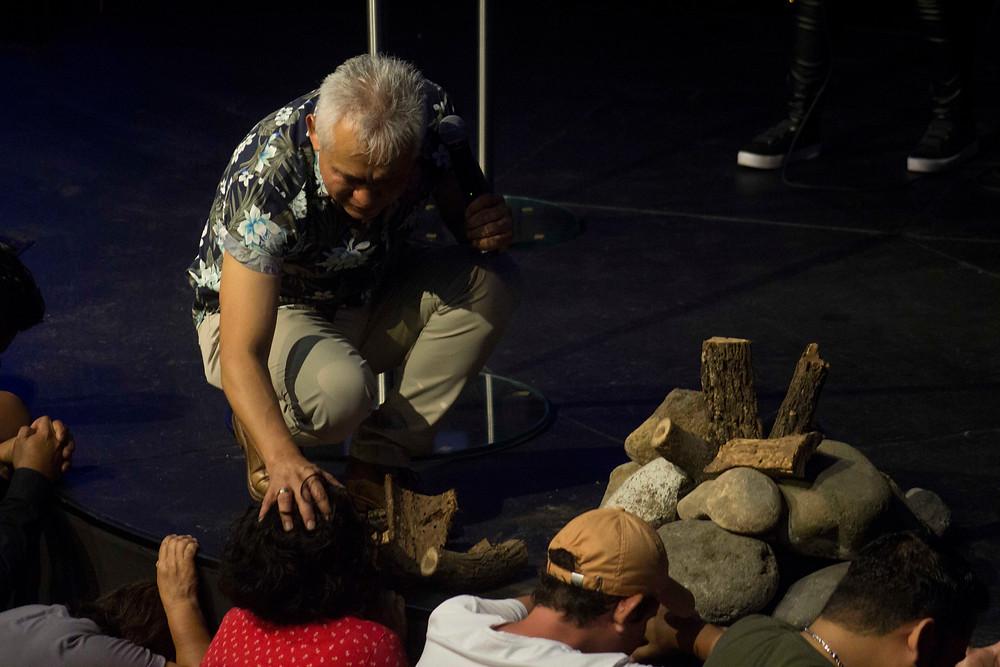 Pastor José Luis Peñaloza en Alcance Familiar