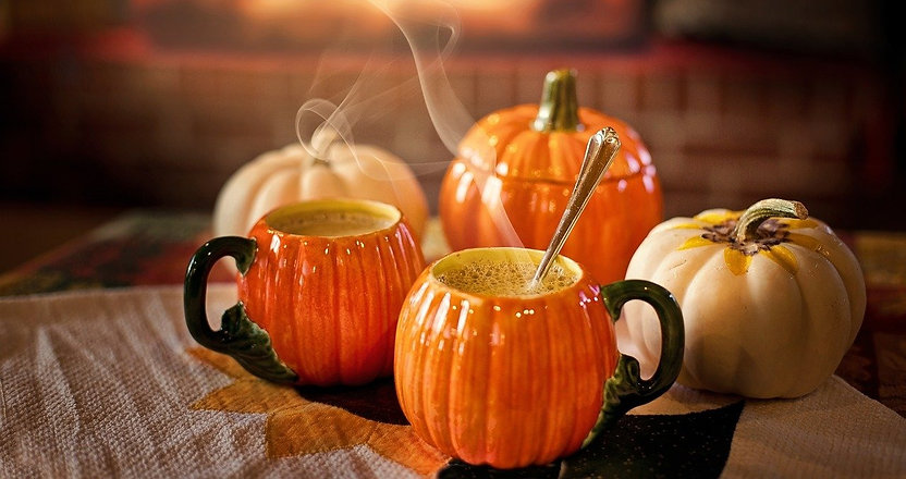 pumpkin-spice-latte-3750036_1280_edited.jpg