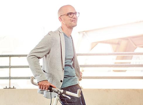 Sportbrille für Fahrradfahrer | brille-kaufen.de Onlineshop Barth Optik