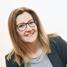 Augenoptikerin Martina Hirsch